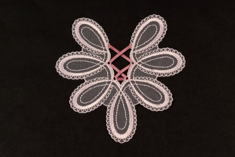 Embroidered appliques in ligh pink colour