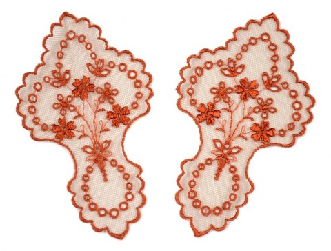 Embroidered appliques on tulle 2pcs.