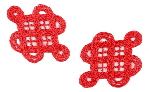Guipure appliques in red color