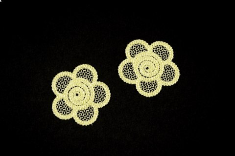 Guipure appliques in yellow color